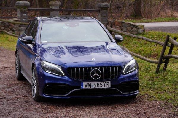 Få en lækker Mercedes Benz C Klasse Sedan
